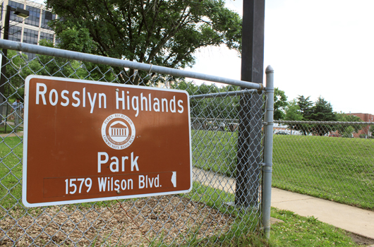 rosslyn highlands park arlington county sign