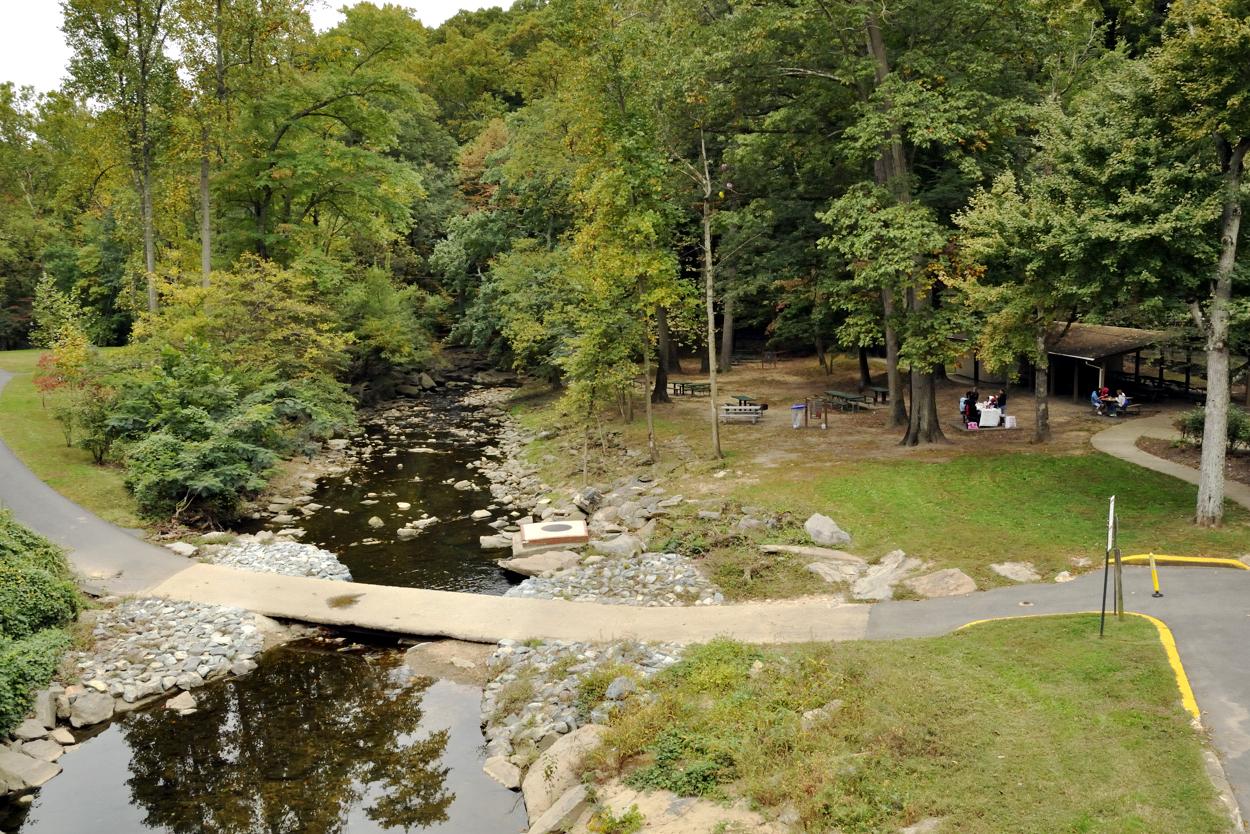 Long Branch Nature Center At Glencarlyn Park