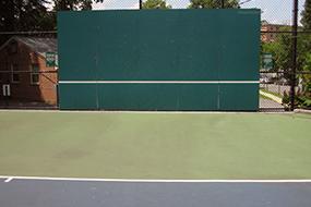 lyon village tennis court