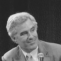 Portrait photo of Christopher Leinberger